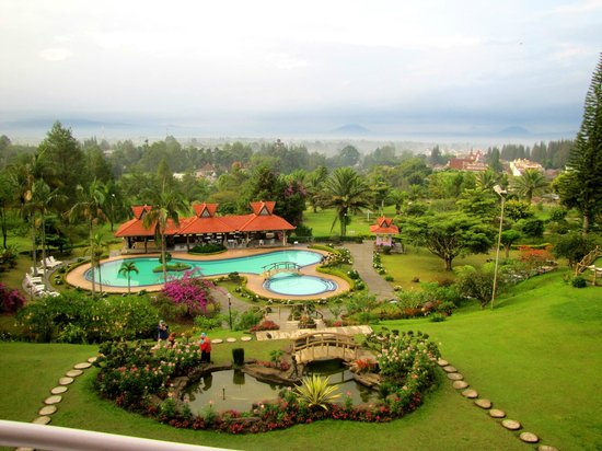 Sinabung Resort Hotel: View from Balcony (Room 318)