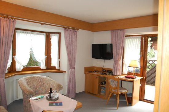 Hotel Bergruh: Blick in die Suite