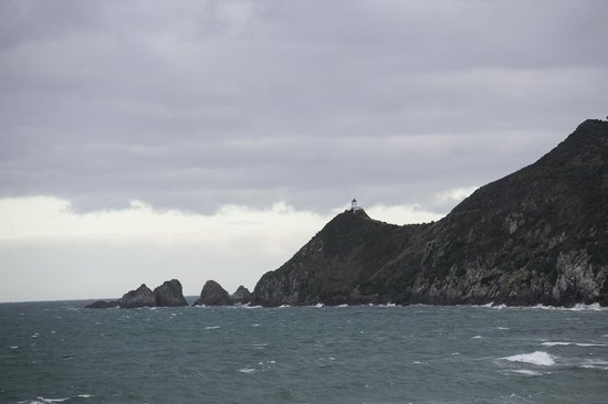 Nugget Point : View of the lighthouse