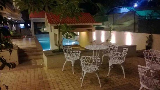 Resort De Crossroads : sitout area
