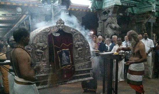 Madurai Inhabitants: Evening Ceremony,Madurai.