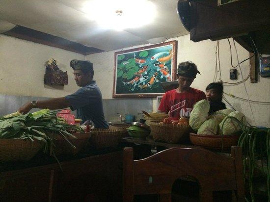 Warung Eny: Chef at work - Open Kitchen