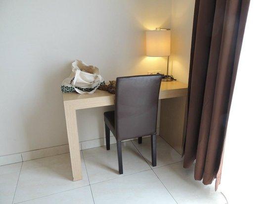 The Tusita Hotel : Small Table