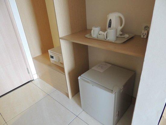The Tusita Hotel : Safe Box, Refrigerator, water boiler.