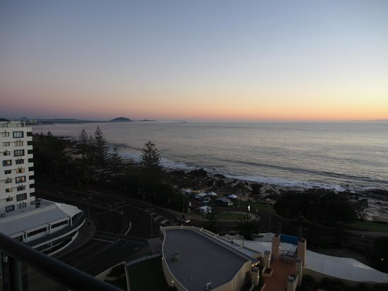 Mantra Mooloolaba Beach Resort : View north from balcony