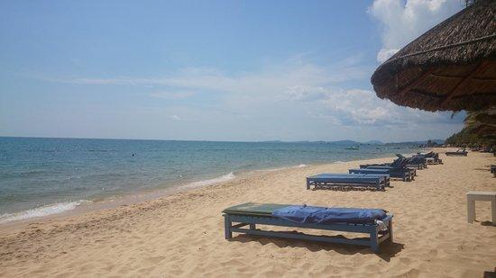 Sasco Blue Lagoon Resort: пляж