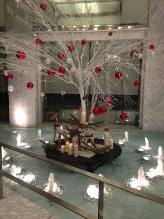 The Prince Park Tower Tokyo: クリスマス時期のロビー