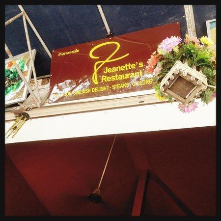 Restauran Jeanette's : the name