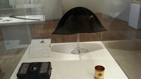 Chateau-Musée: Chapeau Napoléon