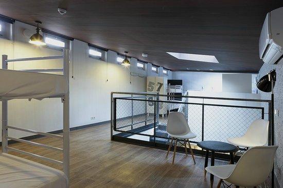 Room007 Chueca Hostel: Duplex Dormitory