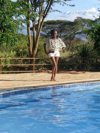 Kibo Safari Camp: At the pool