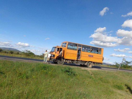 Kibo Safari Camp: transport