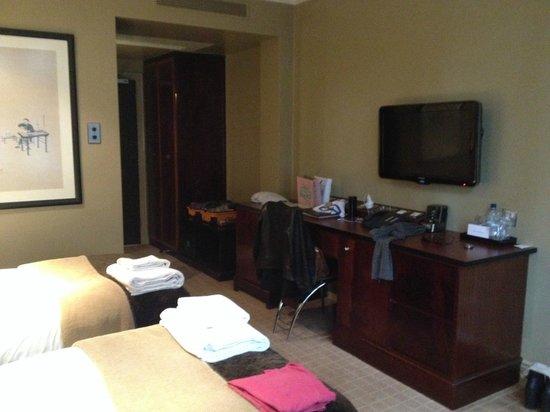 Radisson Blu Edwardian Grafton Hotel: CAMERA 216
