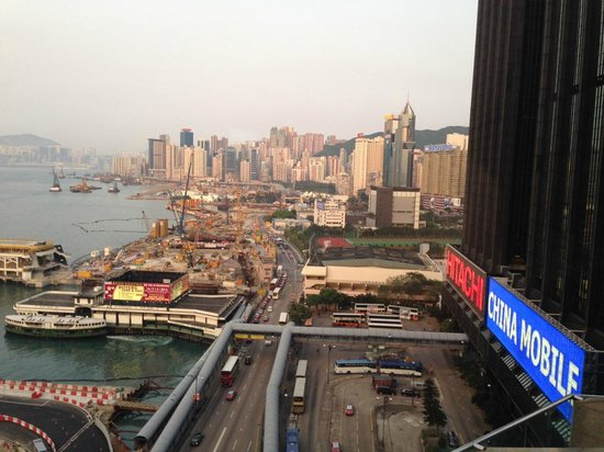 Renaissance Harbour View Hotel Hong Kong: View from the room