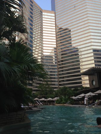 Renaissance Harbour View Hotel Hong Kong: Pool