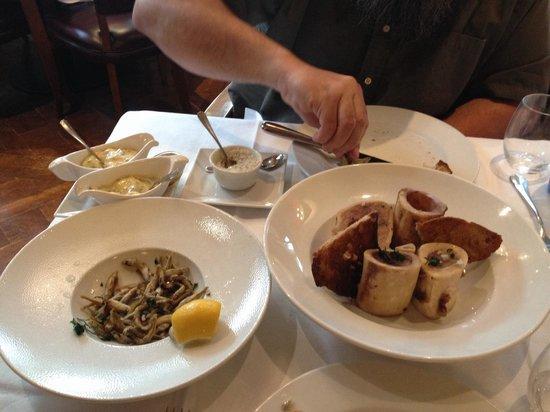 Au Boeuf Couronne: Bone marrow and fried smelt. Both just ok.