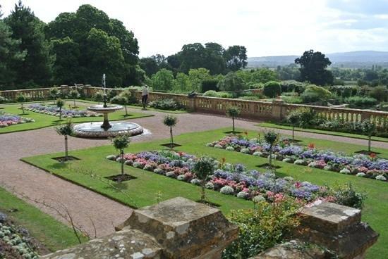 Hestercombe Gardens: the terraced gardens