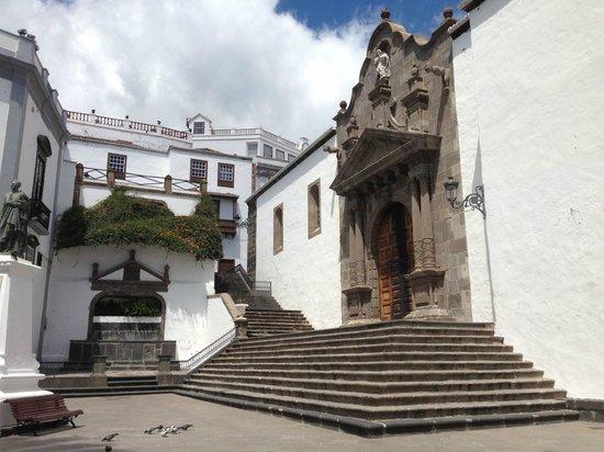 Hotel San Telmo : Santa Cruz - Iglesia del Salvador