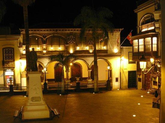 Hotel San Telmo : Santa Cruz - Rathaus