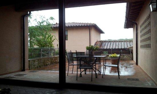 Villa i Laghi: Scoperto privato
