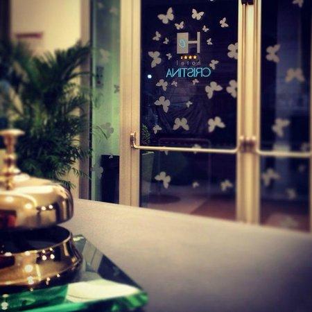 Hotel Cristina: Reception