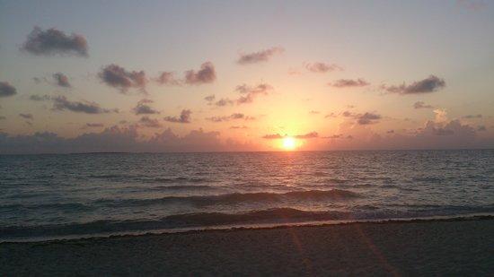 Sol Cayo Guillermo: Sunrise