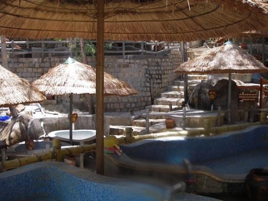 Thap Ba Hot Springs: die Thermalbecken