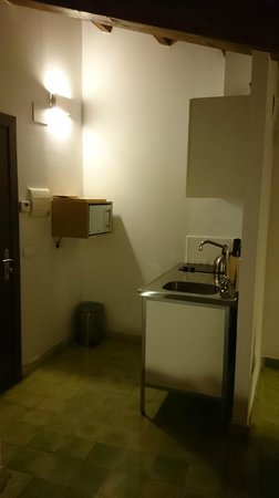 El Baciyelmo: La cocina pequeñita pero totalmente equipada