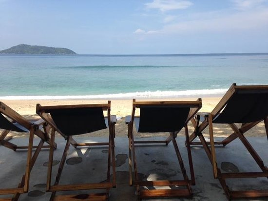 The Naka Phuket : Beachside