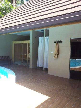 Kuramathi Island Resort: Spa, duchas para el último día