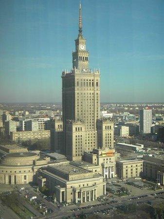 Warsaw Marriott Hotel: Καλό κεντρικό ξενοδοχείο