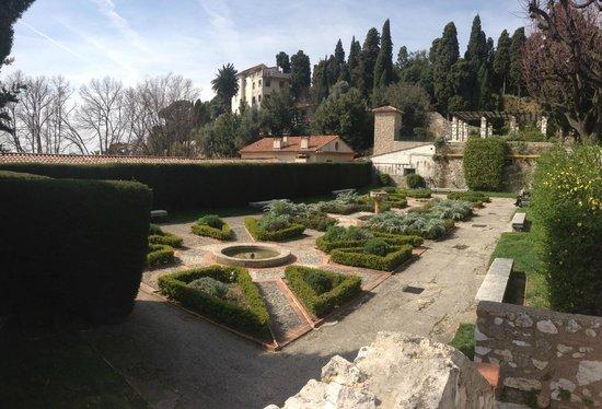 Monastere de Cimiez: Сад Симье