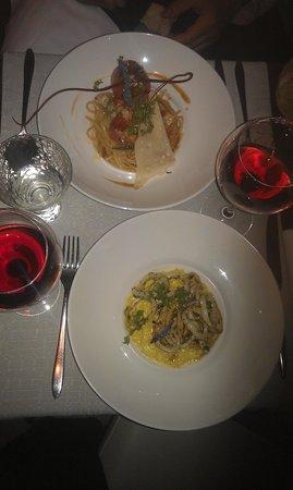 Le Manoir: шармовый ресторанчик,в очень необыкновенном месте.кухея изысканая,пряности и соусы в меру примен