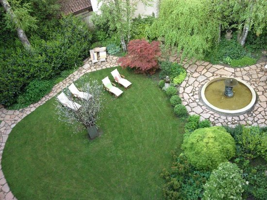 Hotel&Villa Auersperg: The peaceful garden