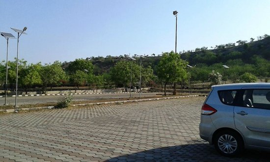 Ajanta, India: Car Parking