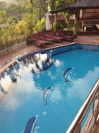 Kata Sea View Villas: Had grat funny moments in the swimming pool!!