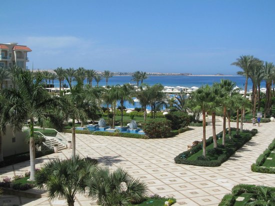 Premier Le Reve Hotel & Spa (Adults Only): View from our room lovely