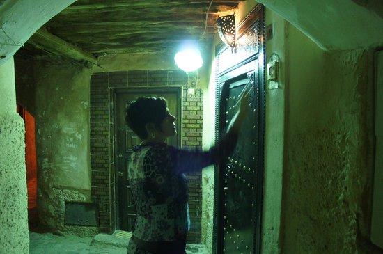 Riad Camilia: Main door