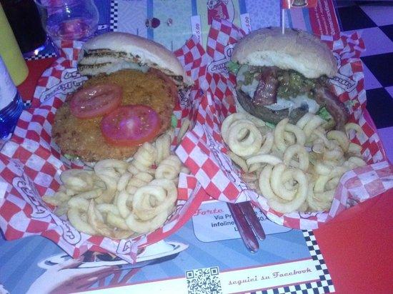 1950 American Diner: Cruncyburger & cicciospicy!