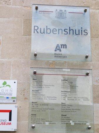 Rubens House (Rubenshuis): 表札