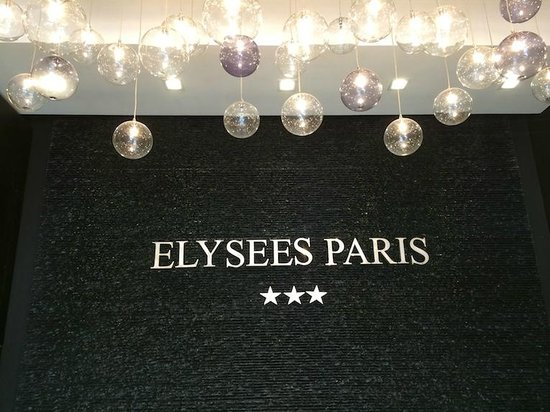 Hotel Elysees Paris: recepcja