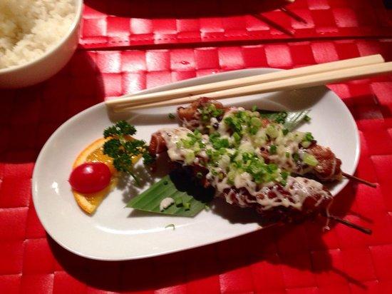 Magokoro : Brochettes de poulet au fromage