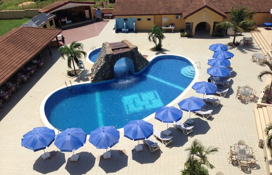 Tema, Ghana: Spectacular swimming pool