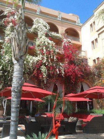 Sofitel Marrakech Lounge and Spa: Cour intérieure Sofitel Lounge & Spa