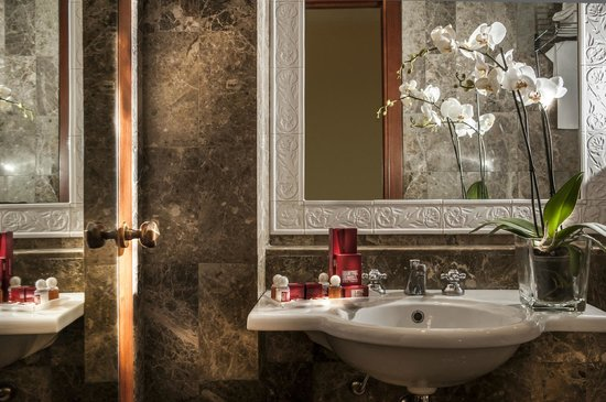 Hotel Nord Nuova Roma: Bathroom