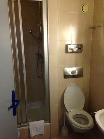 Hotel Residence Le Montbrillant: Bathroom