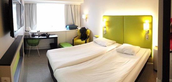 Thon Hotel Brussels City Centre: Habitación 2412