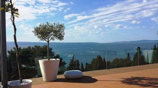 Radisson Blu Resort Split: terrace view