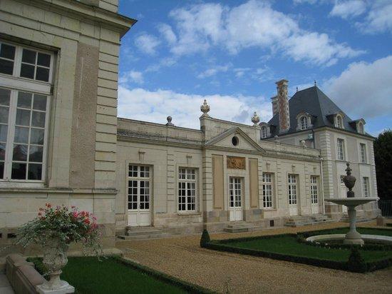 Chateau Colbert : Château