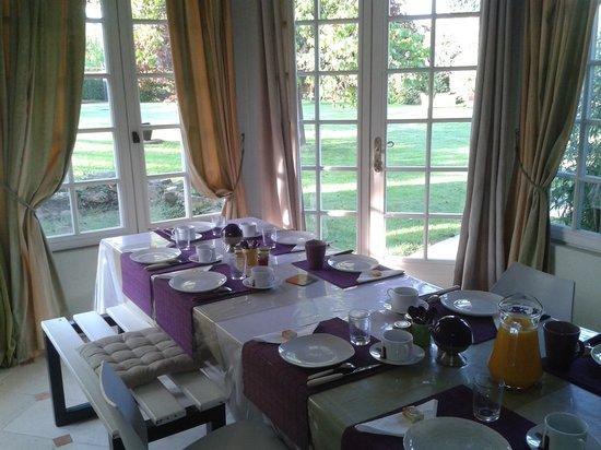 Maison D'hotes Lagatine : Petit déjeuner.